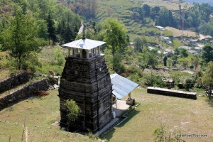 Hikes to pilgrimage sites in Uttarakhand